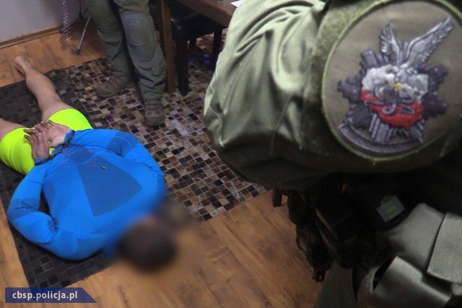 Zorganizowana grupa przestępcza ocharakterze zbrojnym